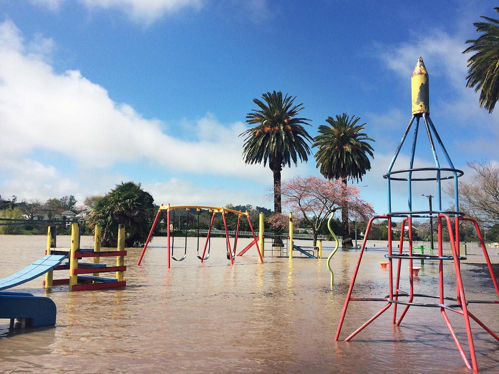 Gisborne-Hochwasser-playground