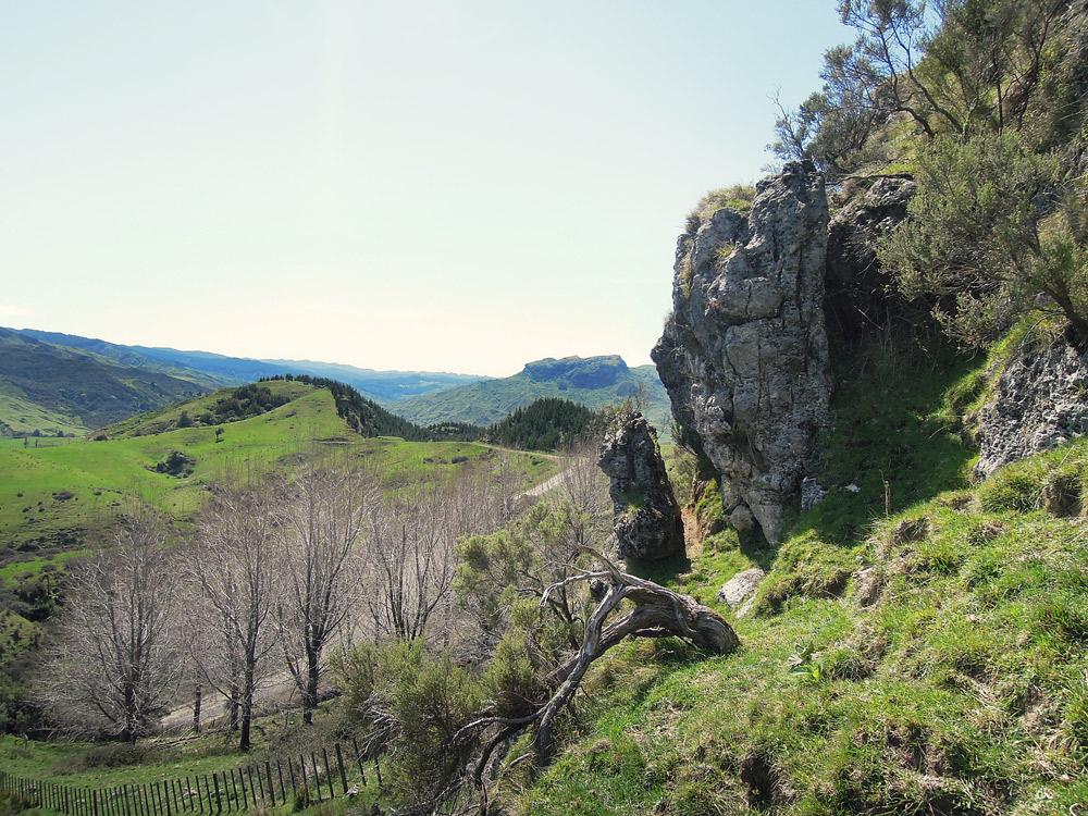Mangaone-Caves-Landscape